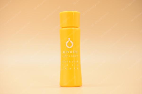 リフレッシュスキントナー(薬用ふきとり美容水)